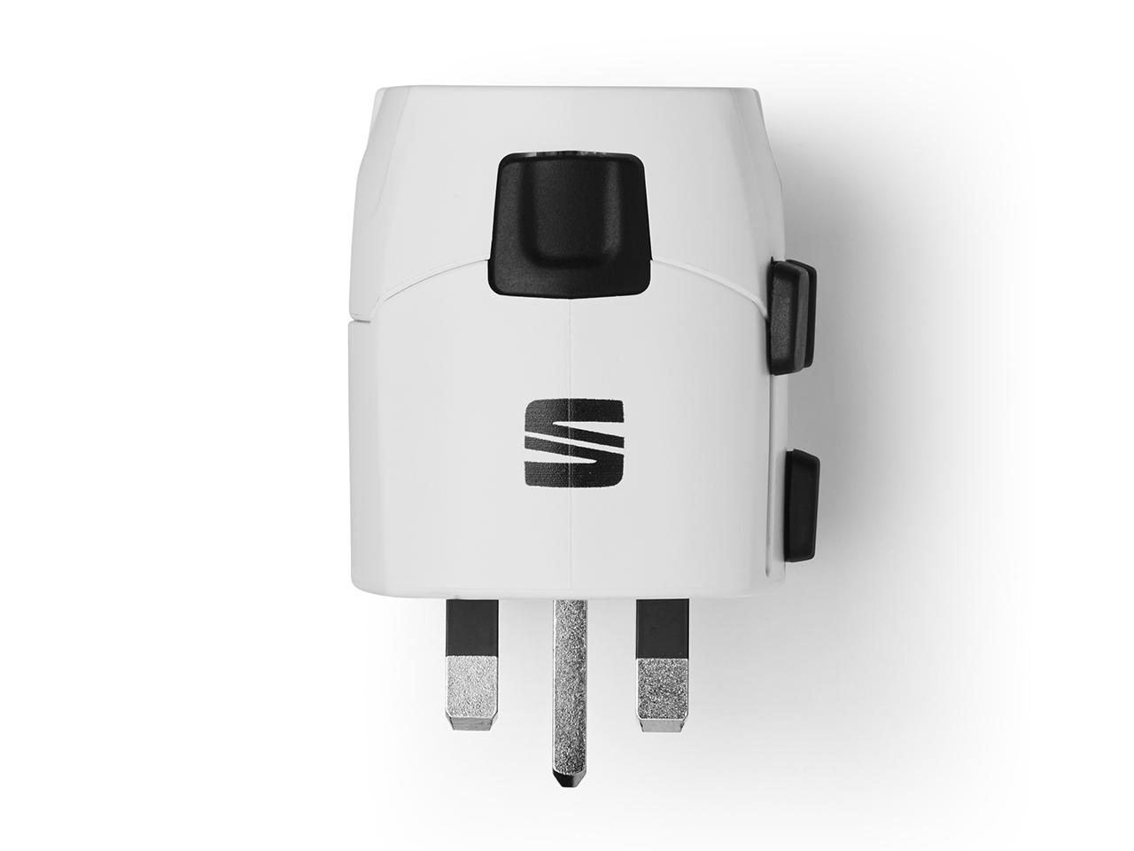 Adaptor de priză pentru călătorie cu încărcător USB SEAT
